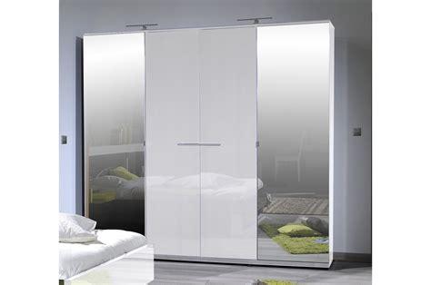 armoire de chambre design armoire design 4 portes laqué blanc trendymobilier com