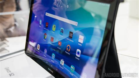galaxy view 2 samsung readying sequel to its 600 inch tablet