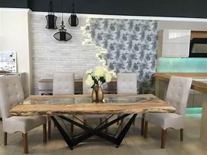 Table Bois Massif Brut : design cr ateur table manger bois massif chene brute maison design ~ Teatrodelosmanantiales.com Idées de Décoration