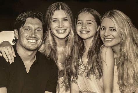 Vernon Kay's wife Tess Daly shares very rare family photo ...