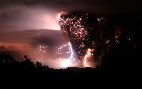 Download Wallpapers, Download 960x800 Volcanoes Lightning
