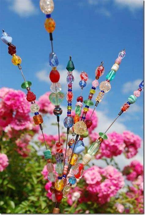 purposed garden art ideas upcycle art
