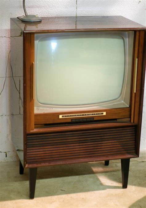 fauteuils de bureau retro vintage philips automatic jaren 60 tv meubel
