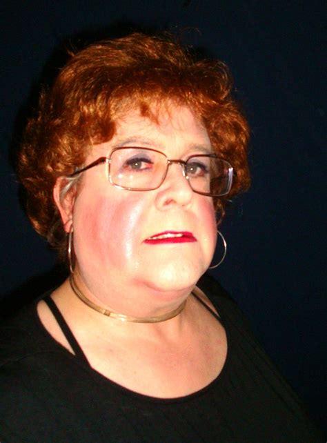 Glasses Redhead Mature Secretary Wife Milf Hot Photos