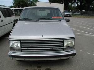 Plymouth Voyager 1984-1990 Service Repair Manual