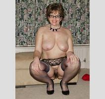 Superb Grandma Looking Hot Big Size Picture