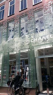 MVRDV glas facade Chanel shop   Brick architecture, Facade ...