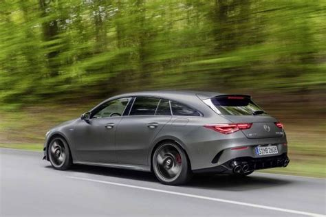 The cla 45 s 4matic+ shooting brake requires just 4.0. Fiche technique Mercedes CLA Shooting Brake 45 S AMG ...
