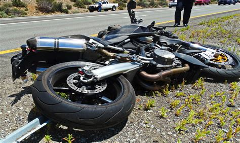 Motorcycle Crashes, Motorcycle Accidents Compilation 2016