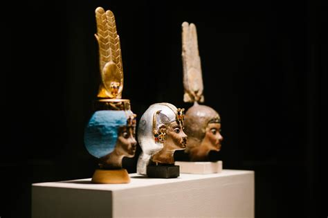 ancient artifacts honor egypts powerful queens