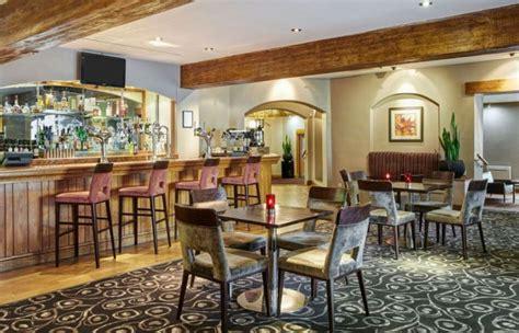 lord byron bar  lounge  jurys inn east midlands