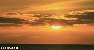 红太阳升起gif图片-动态图片基地