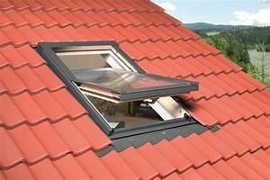 Prix D Un Velux : comment poser un velux installation de fen tre de toit ~ Dailycaller-alerts.com Idées de Décoration