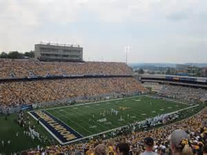 West Virginia  Milan Puskar Stadium  College Football