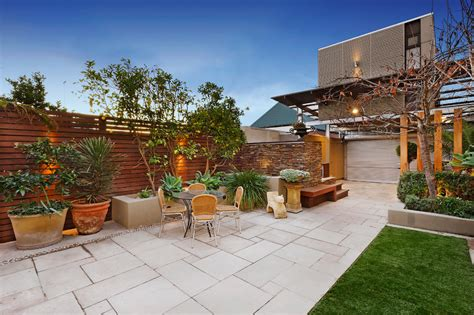 paver stone patio ideas Landscape Contemporary with