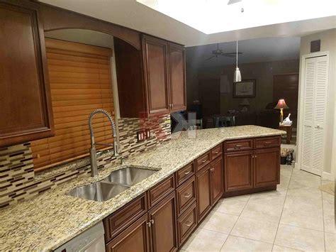 kitchen cabinet reviews amp testimonials 579 brownstone 52