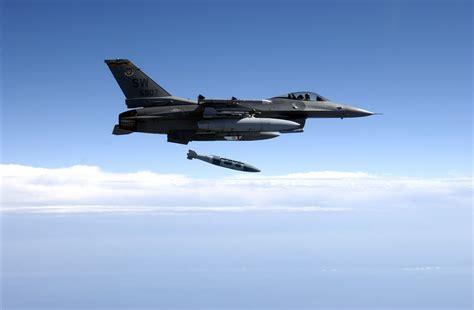 Us Begins Isis Air Strikes In Syria