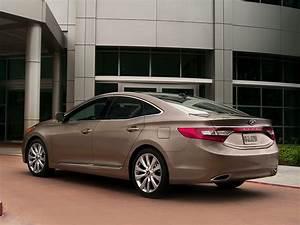 2014 Hyundai Azera Price Photos Reviews Features