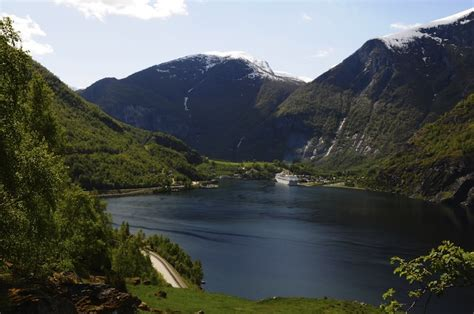 Cruise To Flaam