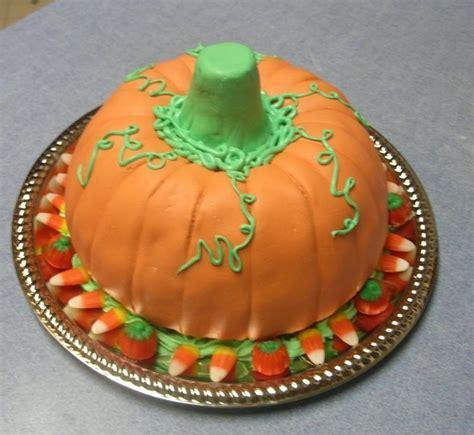 ideas  pumpkin shaped cake  pinterest