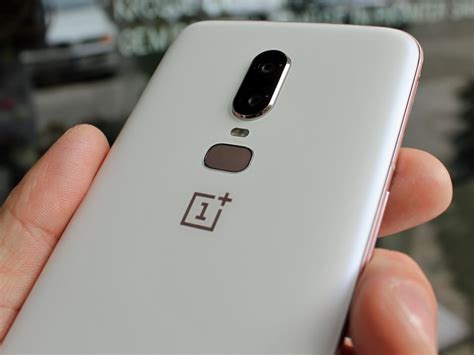 one 3 plus oneplus 6 silk white limited edition is currently in stock