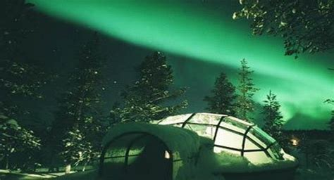 hotels to see northern lights igloo village at hotel kakslauttanen finland cozy