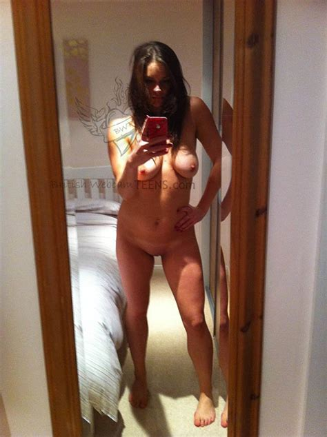 latina selfies iphone nackt