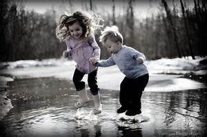 Kid couple cute holding hand fun