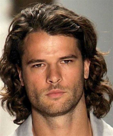 Men Haircuts for Curly Hair   5 Excellent Stylish Pics