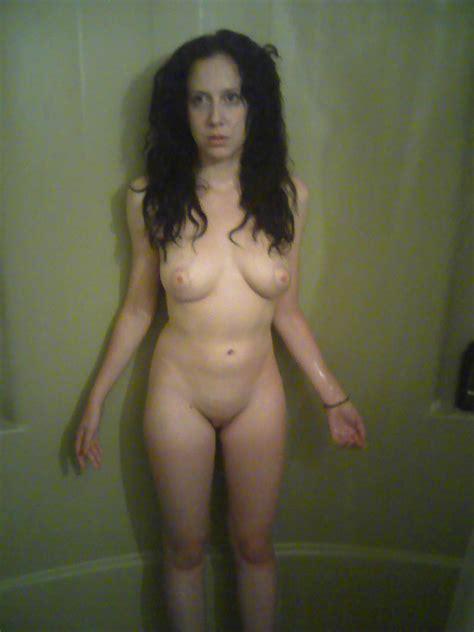 Melissa Nude Amateur Girl Showering Pictures Nude Amateur Girls