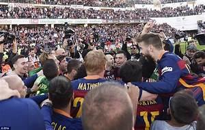 Granada 0-3 Barcelona: Luis Suarez hat-trick inspires Luis ...