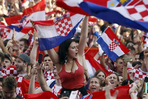 Slobodna Dalmacija - Kako dišu narodi pred veliko ...