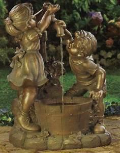 Statue Deco Jardin Exterieur : une fontaine de jardin design quelques id es en photos fascinantes ~ Teatrodelosmanantiales.com Idées de Décoration
