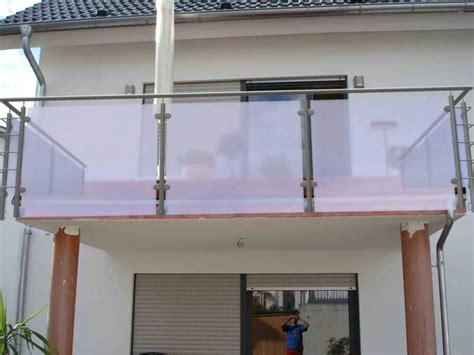 Befestigung Plexiglas Balkon by Balkongel 228 Nder Mit Sichtschutz Und Windschutz