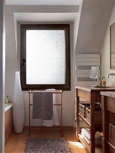 realisation fenetre opaque en pvc couleur bois pour salle With fenetre pvc salle de bain