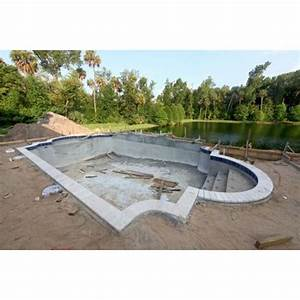 une piscine en beton integral beton coule et beton With construction d une piscine beton