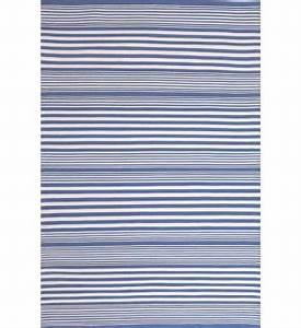 Teppich Blau Weiß Gestreift : outdoor teppich rugby stripe blau gestreift im greenbop online shop kaufen ~ Eleganceandgraceweddings.com Haus und Dekorationen
