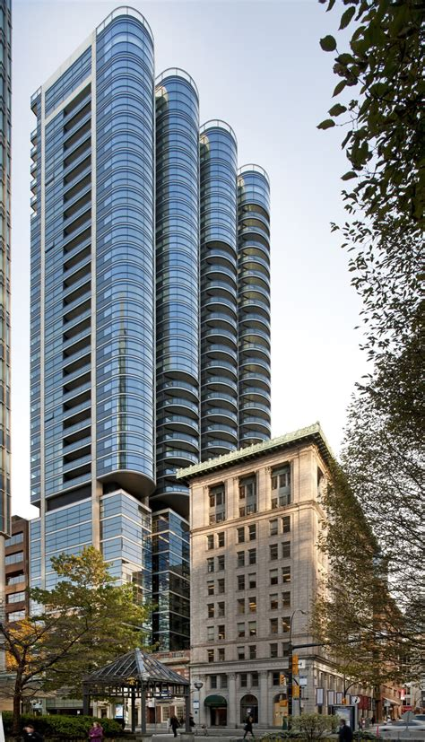 Luxury Jameson House Condo By Foster Partners
