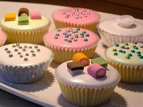 cupcake decorating ideas for beginners birthday cakes awesome cake decorating ideas for beginners birthday cake decorating ideas for