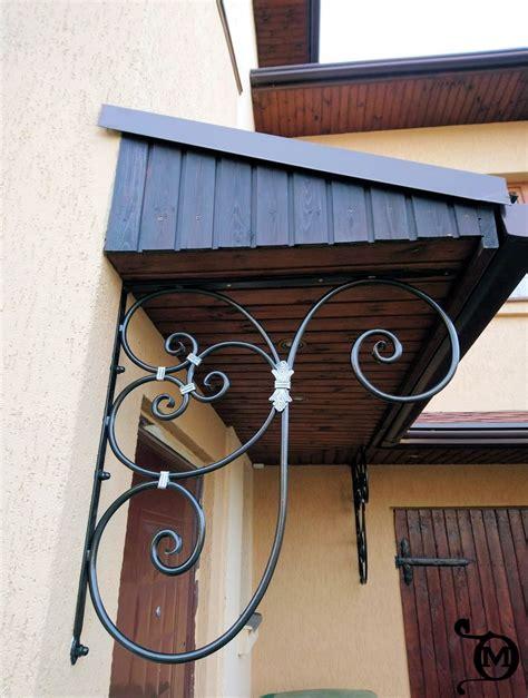 Kalti durvju jumtiņi-Kalēja Pakalpojumi
