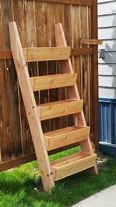 Terrassenmöbel Für Kleine Terrassen : diy idee vertikale g rten f r kleine balkone terrassen vertikal garten pinterest ~ Markanthonyermac.com Haus und Dekorationen