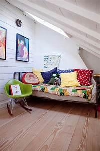 Chambre Sous Les Combles : chambre d 39 enfant sous les combles 28 id es de design ~ Melissatoandfro.com Idées de Décoration