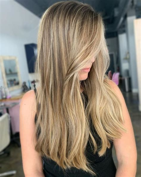 14 Cute Long Layered Haircuts With Bangs in 2020 in 2020