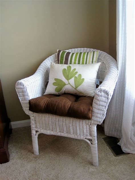 Bedroom Wicker Chairs For Sale by Painted Wicker Chair Maybe A Modern Look Our House