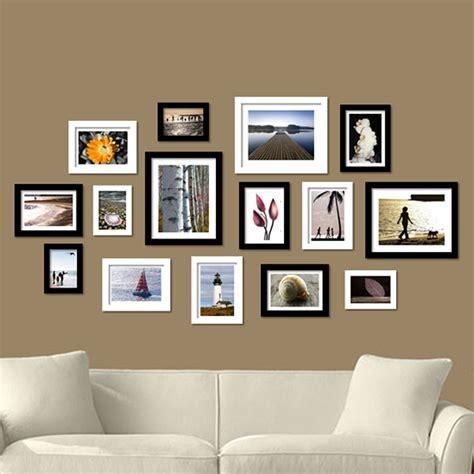 créer canapé comment aménager mur de cadres avec style