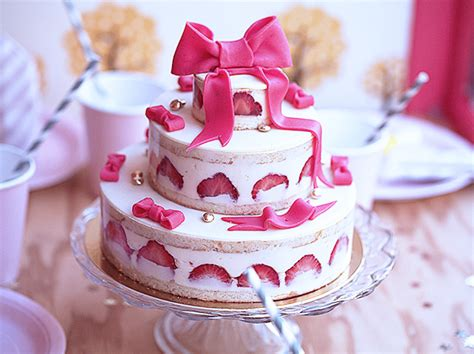 jaw dropping cakes page