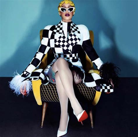 RAW HOLLYWOOD : WINNING: CARDI TO RELEASE CLOTHING LINE W ...