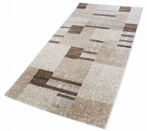 Tapis a poils courts en polypropylene soft for Tapis gris poil court