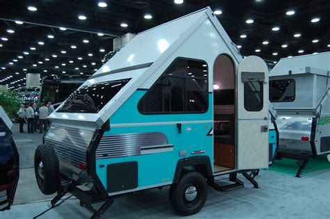 pop  camper  small trailer enthusiast