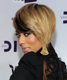keri hilson short straight chagne blonde hairstyle with